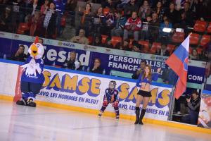 pompom hockey 4
