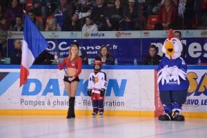 pompom hockey 5